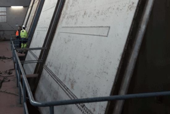 Voimalaitoksen patoluukkujen pintakäsittely Harjavallan voimalaitos